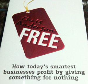 สรุปหนังสือ FREE โดย Chris Anderson สร้างธุรกิจด้วยการแจกฟรีทำได้จริง!!